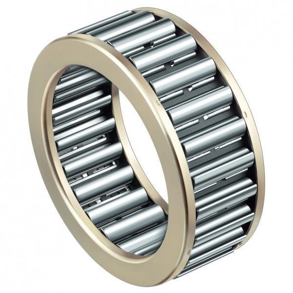 Chrome Steel Pillow Block Bearing Ucf UCP UCFL Ucfc Bearing 203 204 205 206 207 208 209 305 306 307 308 309 310 311 312 313 314 315 #1 image